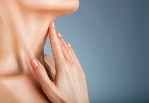 сонцезахисний крем порятує від зморшок