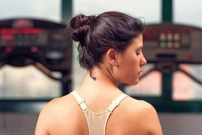 6 порад, щоб не з'являлися зморшки на шиї