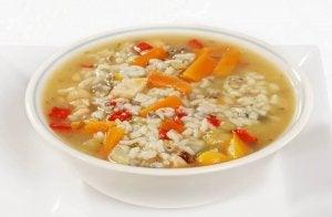 3 смачні супи для лікування діареї