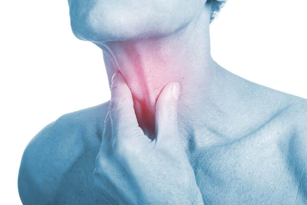 4 натуральні антибіотики для лікування інфекцій горла