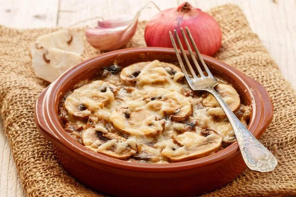 Рецепт грибної запіканки. Просто та смачно!