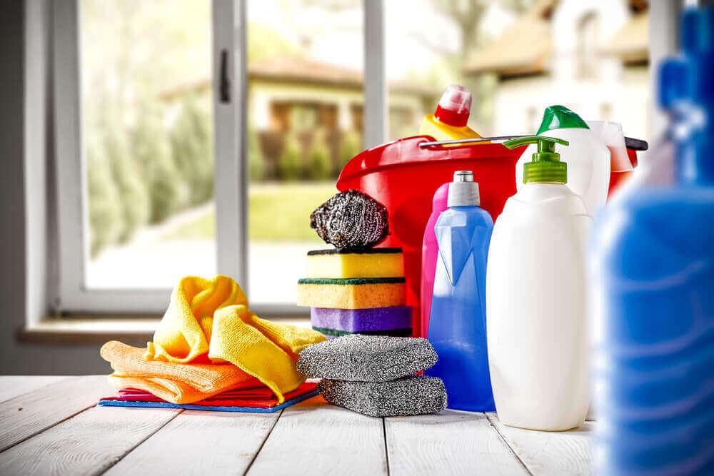 діти можуть отруїтися мийними засобами