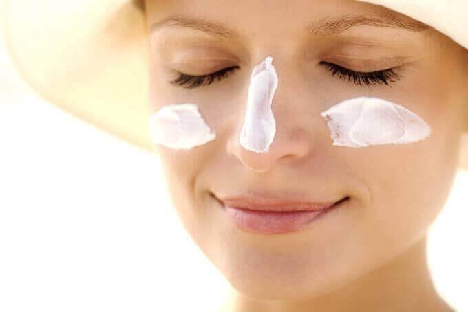 захищайте шкіру від сонця