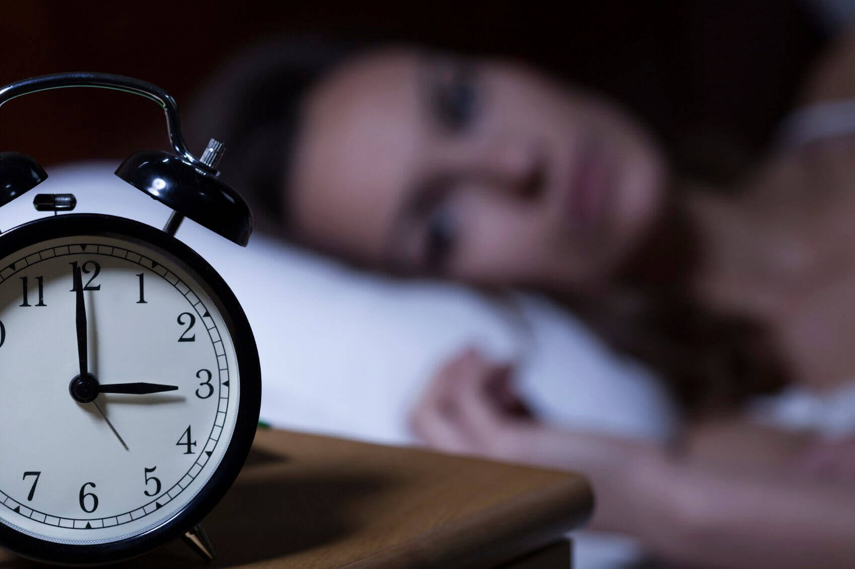 які причини ранкового головного болю