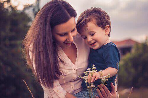 любити свою дитину