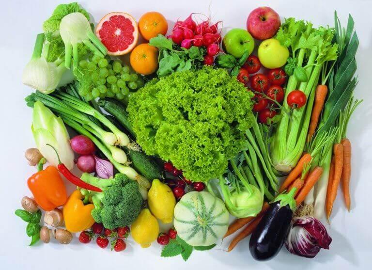 Дотримуватися правильної дієти в період менопаузи