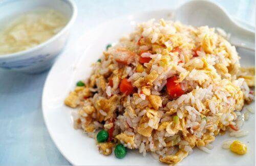 як приготувати китайський рис з куркою