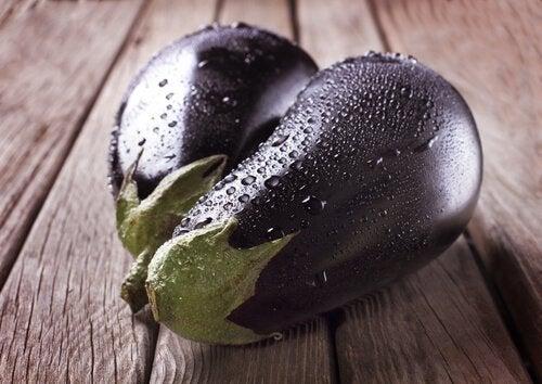 Баба гануш: смачний спосіб приготувати баклажани