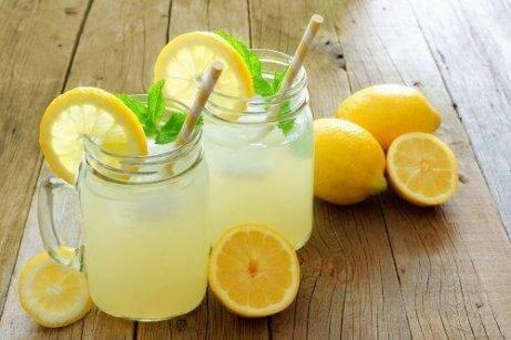 лимонний чай для полегшення алергії