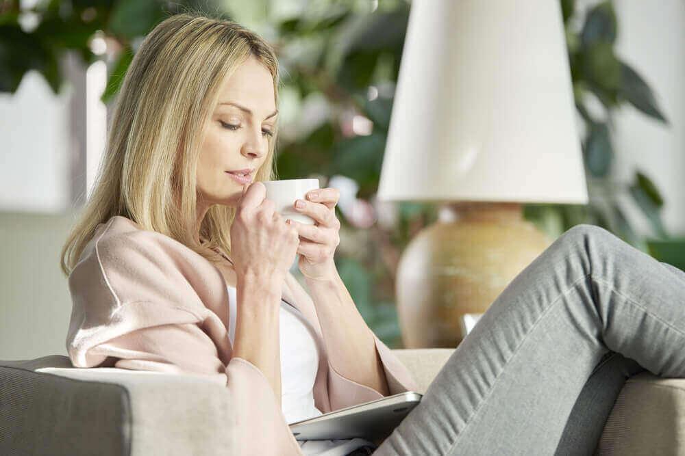 ромашковий чай, щоб полегшити головний біль