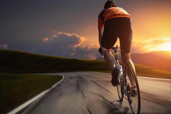 катання на велосипеді для покращення роботи серця