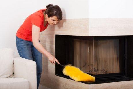 усунення пилу з меблів