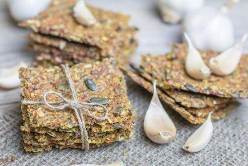 Як приготувати крекери без глютену і лактози