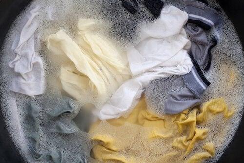 Поради для миття скляних поверхонь
