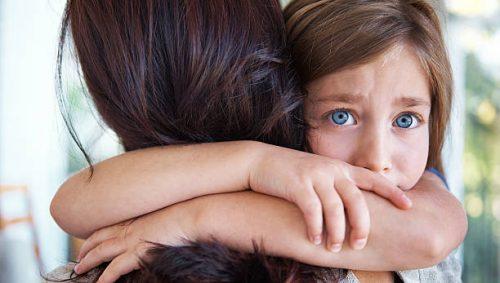 нездорова дитяча прив'язаність