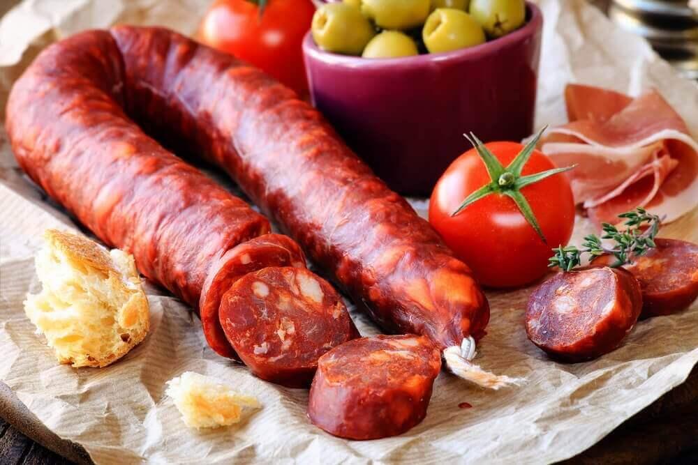 рецепт картоплі, фаршированої чорізо та сиром