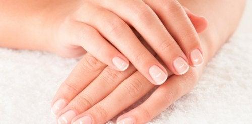 9 порад для ефективного догляду за нігтями