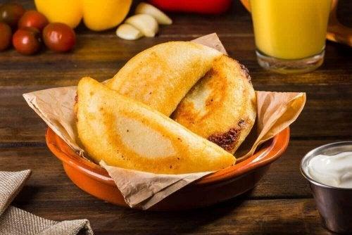 Легкий рецепт закуски: іспанські міні-пиріжки емпанадас