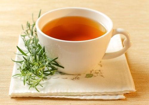 чай для лікування акне на основі розмарину