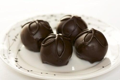Легкі рецепти шоколадних трюфелів