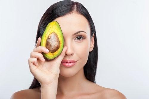 10 продуктів, щоб повністю зволожувати шкіру