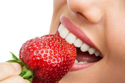 як доглядати за зубами