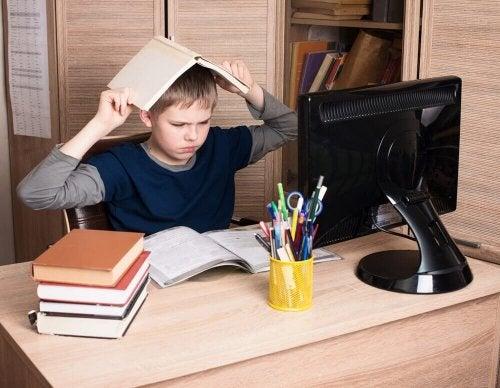 чому виникає емоційна депривація дітей