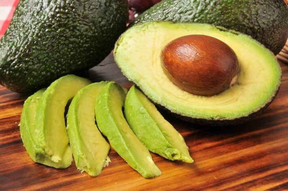 комбінації продуктів: авокадо та каєнський перець