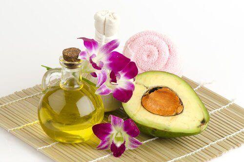 засоби для профілактики зморшок з авокадо