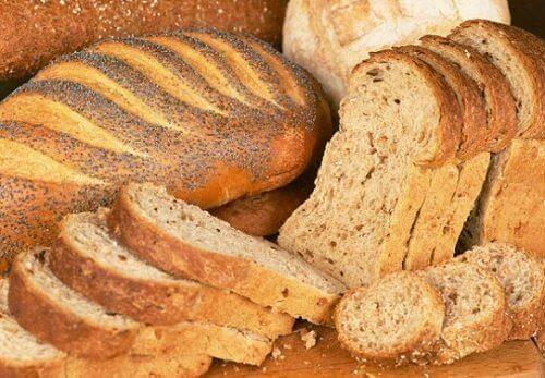 цілозерновий хліб