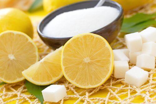 як освітлити пахви цукром та лимоном