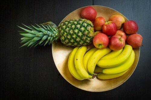 не можна їсти фрукти одразу після їжі
