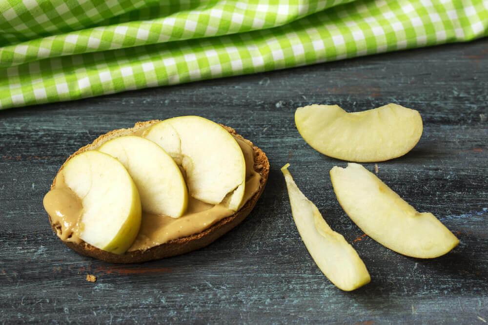 комбінації продуктів: яблуко та кориця
