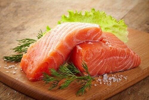 продукти для зменшення запалення: лосось