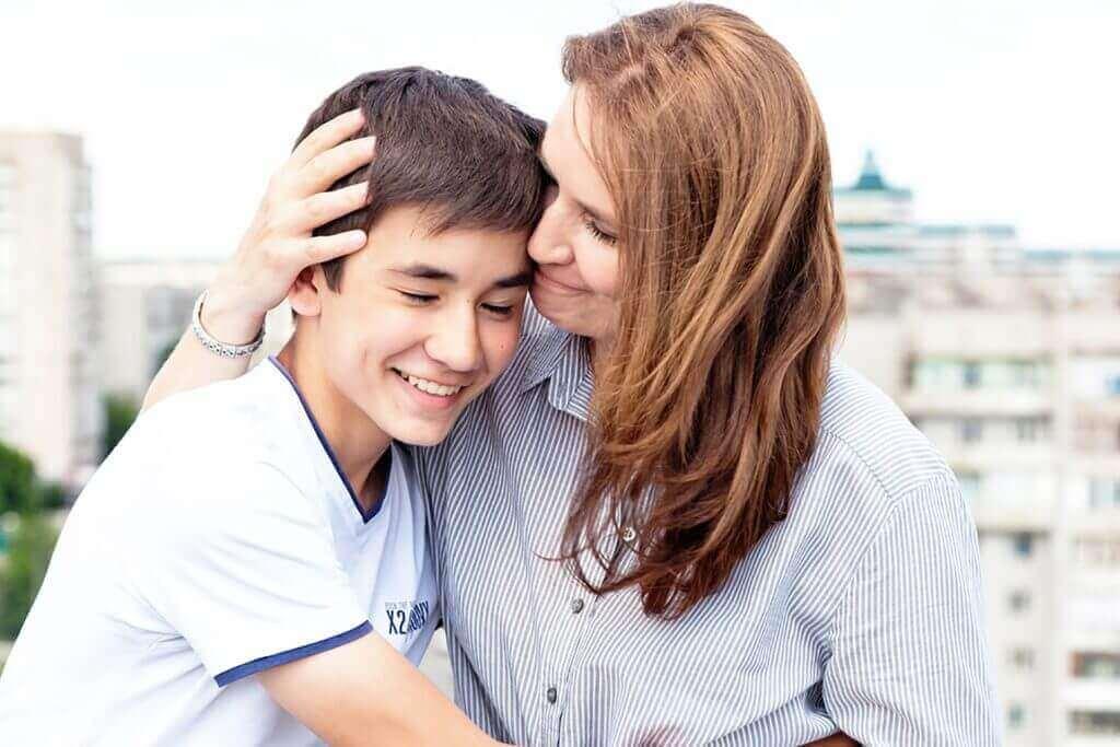 підтримка мама для дитини-гомосексуаліста