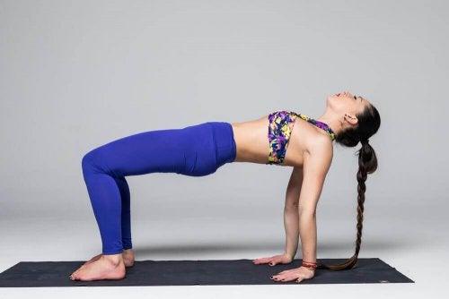 легкі пози йоги для негнучких
