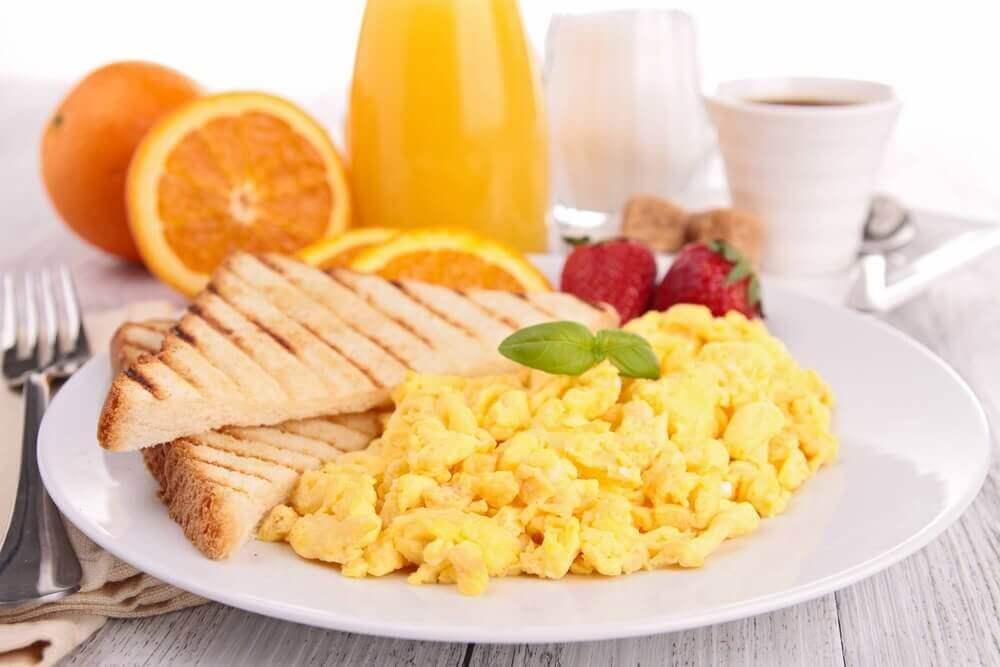корисні поради для правильного сніданку