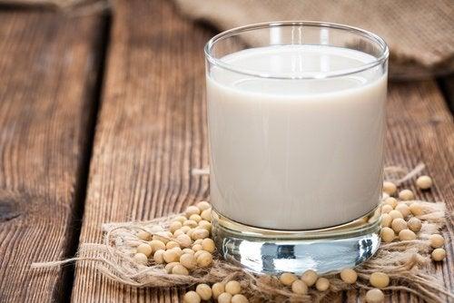соєве молоко від припливів