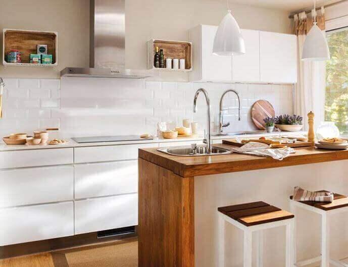 декорувати кухню - світлі тони для стін