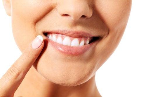 Як правильно доглядати за зубами  9 порад – Моє здоров я a7394dddc837e