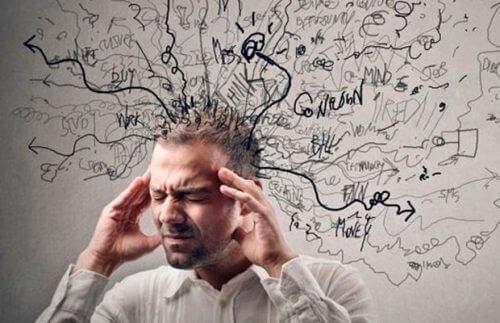 Тривожні думки породжують надмірну нервозність