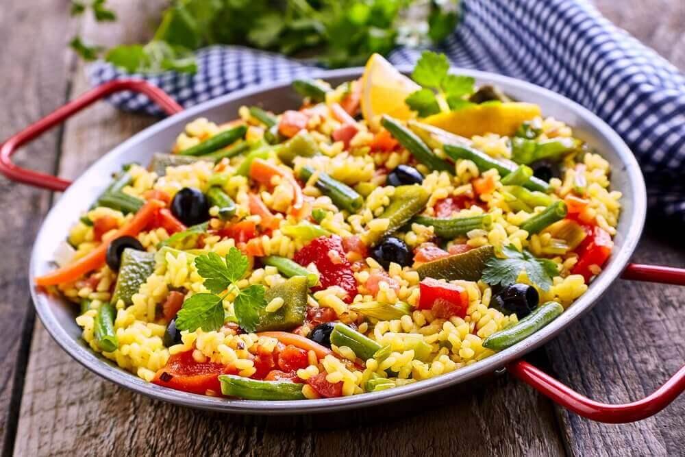 Вегетаріанська паелья без зайвих калорій