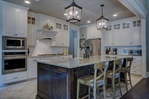 Екологічні засоби для знежирення кухонних меблів