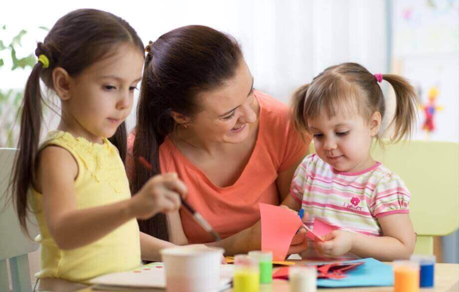 навчити дитину бути відповідальною: хвалити