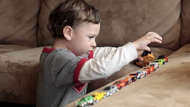 причини та симптоми аутизму