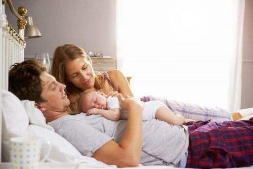 як змінюється життя після народження дитини