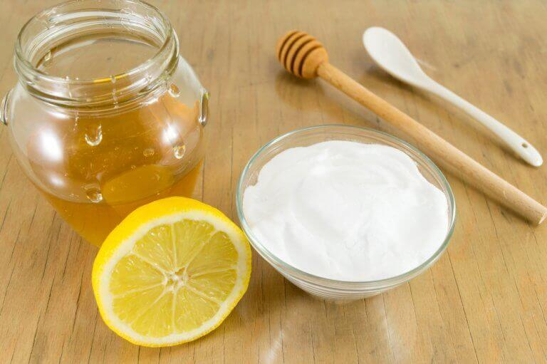 Засіб з харчової соди та меду, щоб покращити здоров'я