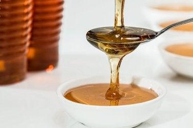 засіб з харчової соди та меду