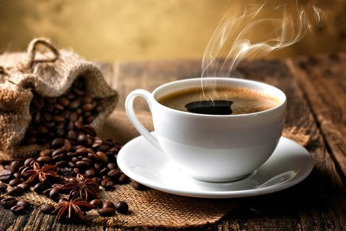 каву та чай не можна пити хворим на коліт