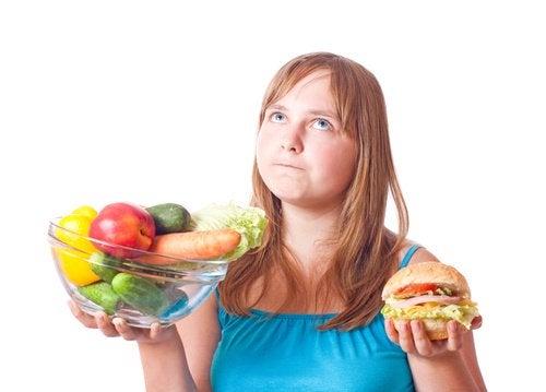 Як правильно комбінувати харчові продукти?